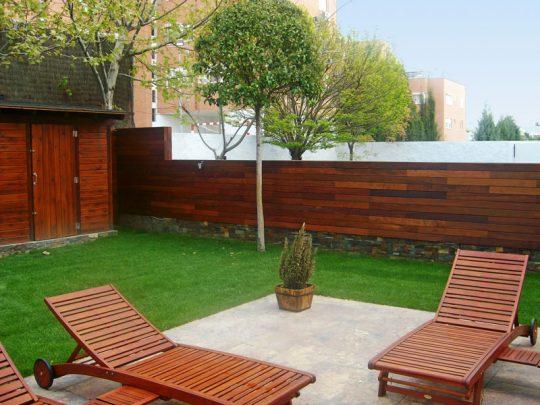 Valla de madera IPE para jardín